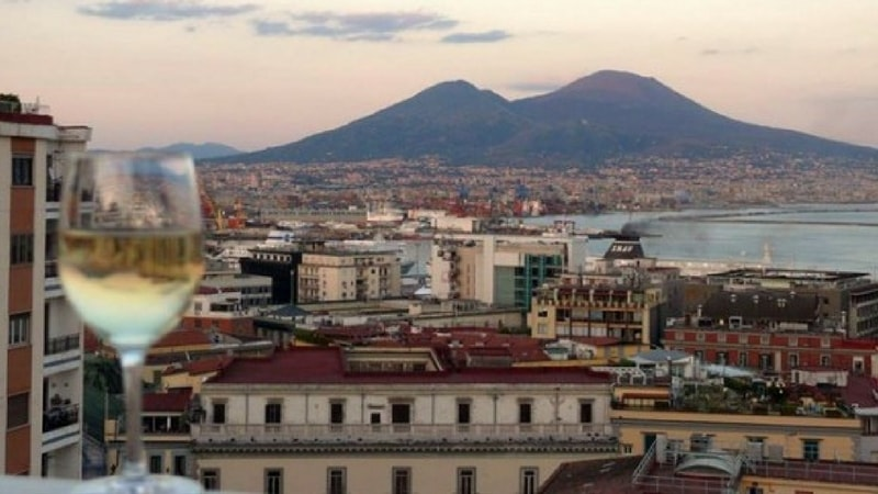 Napoli wine and the city, la kermesse del vino nella città di Partenope