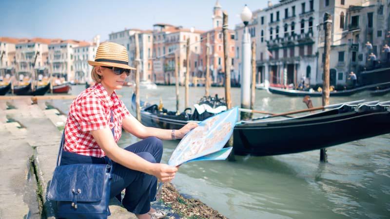 Venezia vietato sedersi