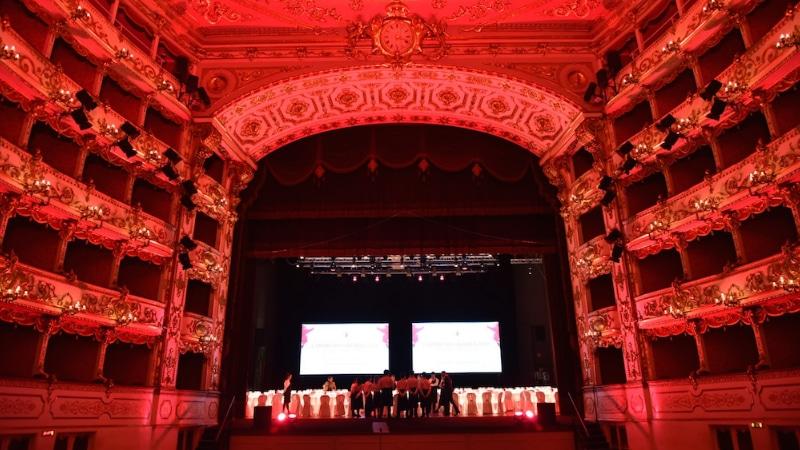 teatro valli lambrusco awards reggio emilia