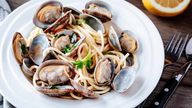 spaghetti vongole 13 piatti italiani amati nel mondo