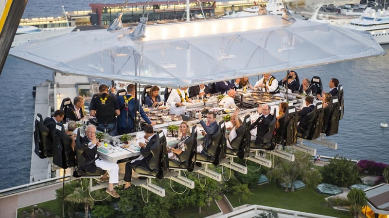 dinner-in-the-sky-cattolica