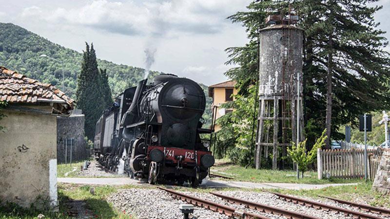 In Sicilia i treni storici del gusto