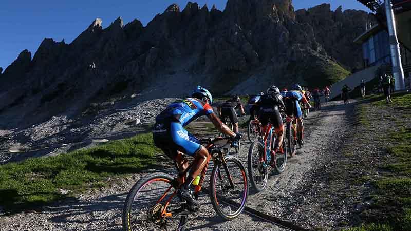 quattro giorni per la decima edizione di BMW HERO Südtirol Dolomites