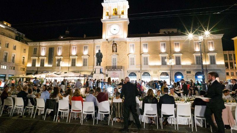 Parma, il dessert dello chef Niederkofler per la Cena dei Mille