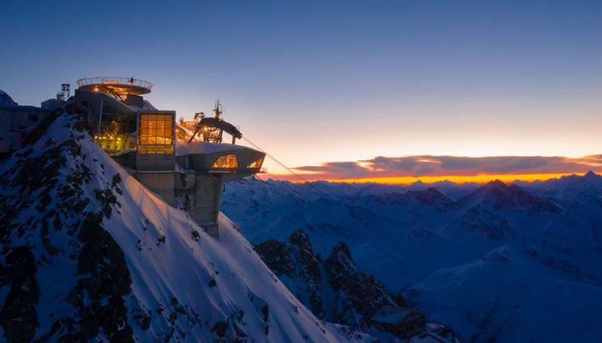 Sul Monte Bianco La Libreria Più Alta D Europa Initalia