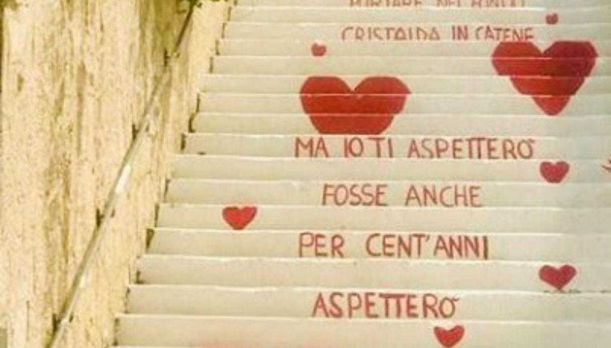 Vieste in love: i versi di Max Gazzè sulla scalinata della città