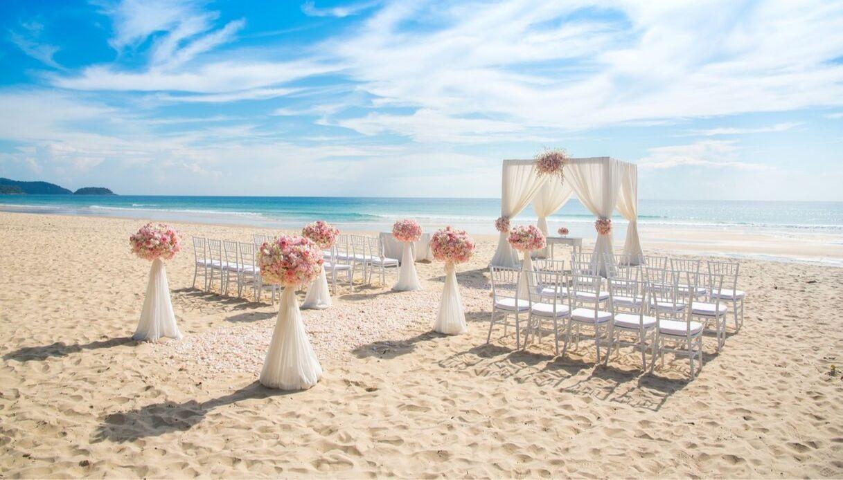 A Ostia apre la Spiaggia degli Sposi: matrimoni sul mare a Roma