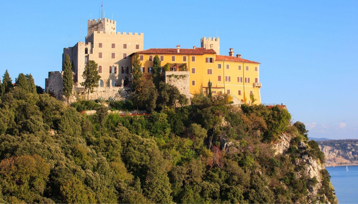 Il Castello di Duino e la leggenda della Dama Bianca