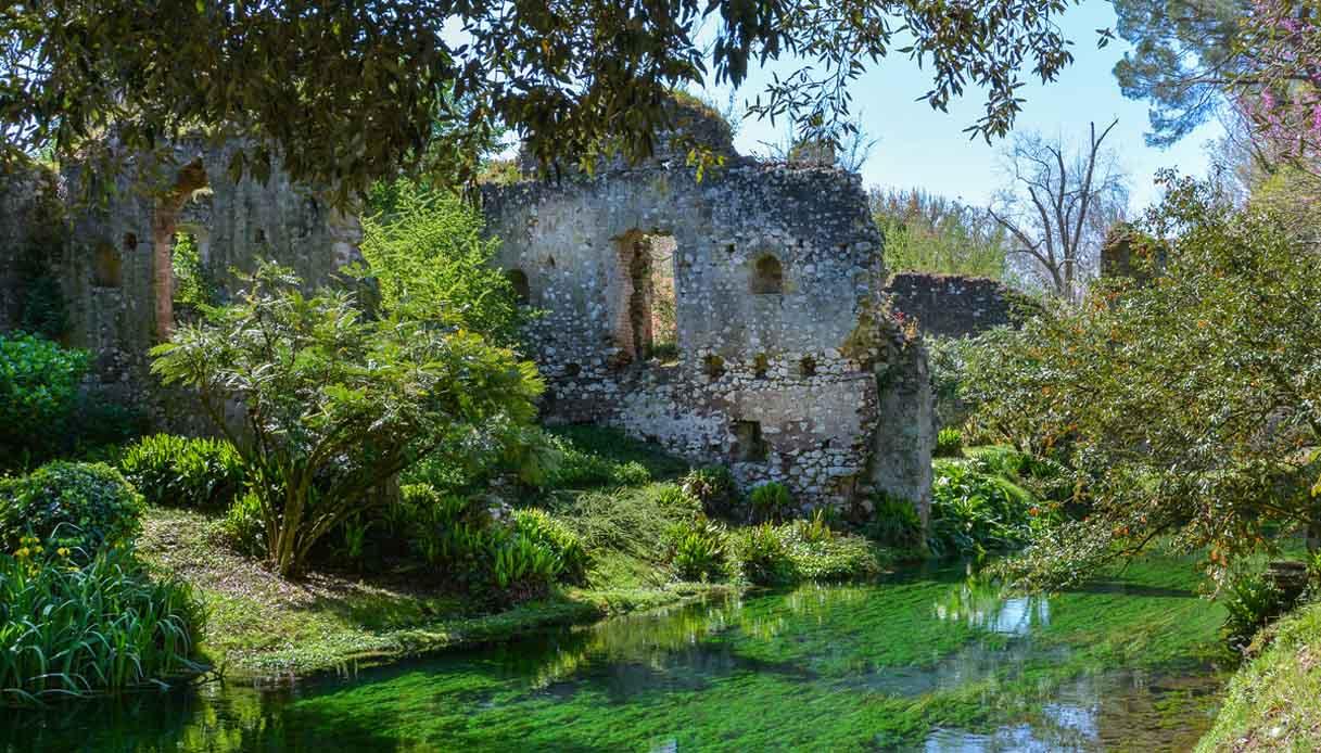 """Restaurato il Giardino di Ninfa, il """"più bello al mondo"""" per NYT"""