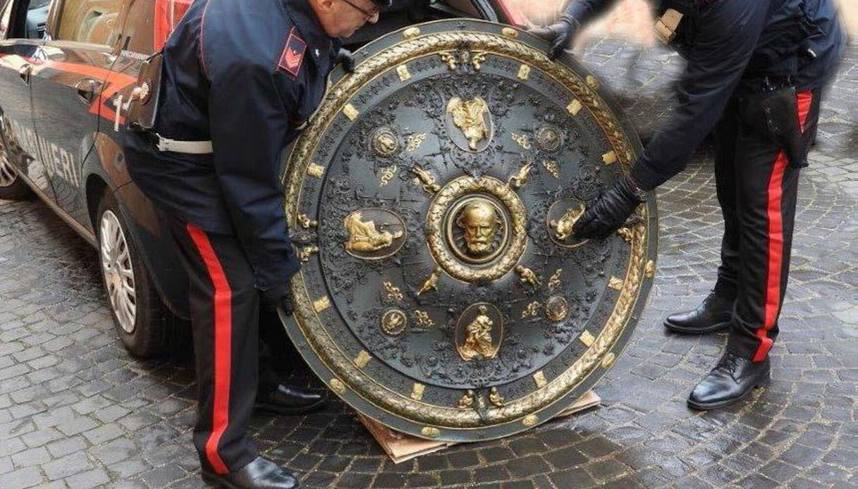 A Roma è stato ritrovato lo scudo di Garibaldi