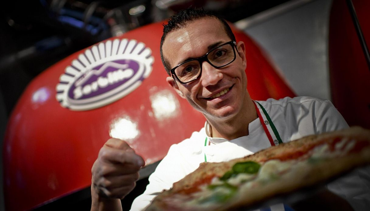 Gino Sorbillo apre una nuova pizzeria a Torino: tutti i dettagli