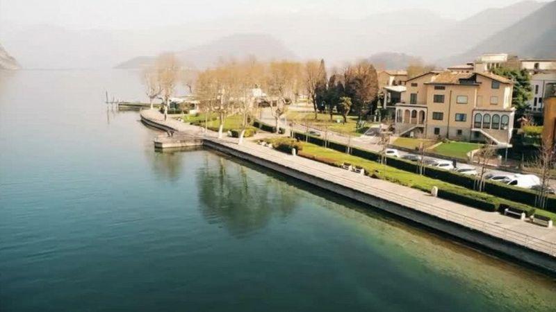 Coronavirus, drone sui laghi di Garda e d'Iseo: rive deserte