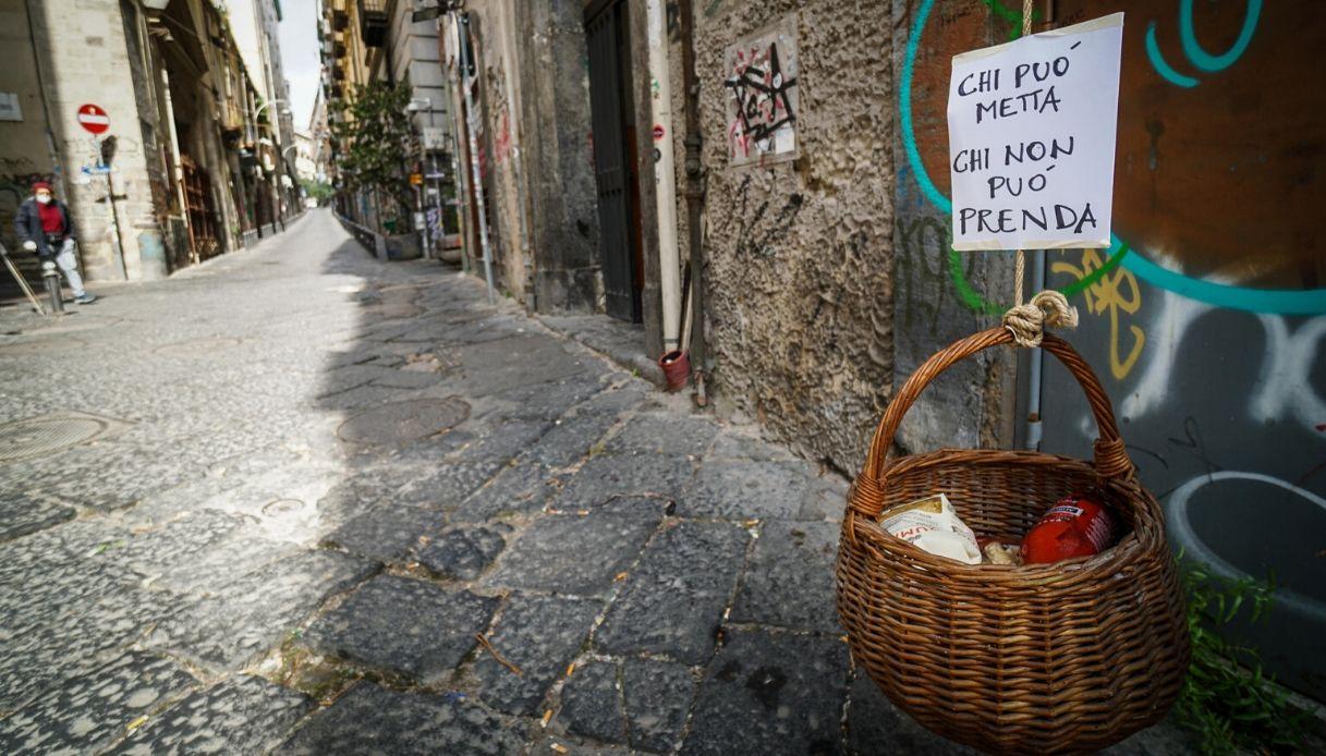 Coronavirus, a Napoli il panaro diventa solidale