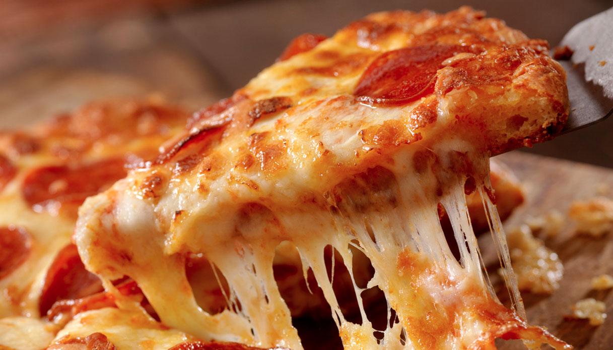Coronavirus, perché i forni di Roma non vendono pizza con mozzarella