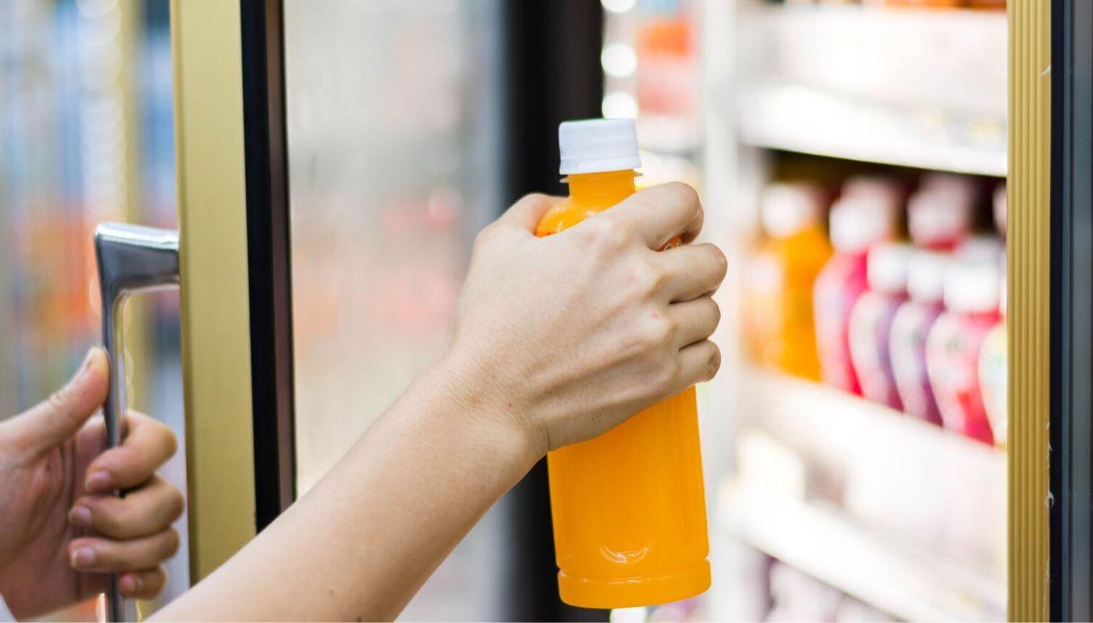 """Coronavirus, a Milano è nato il """"supermercato di condominio"""""""