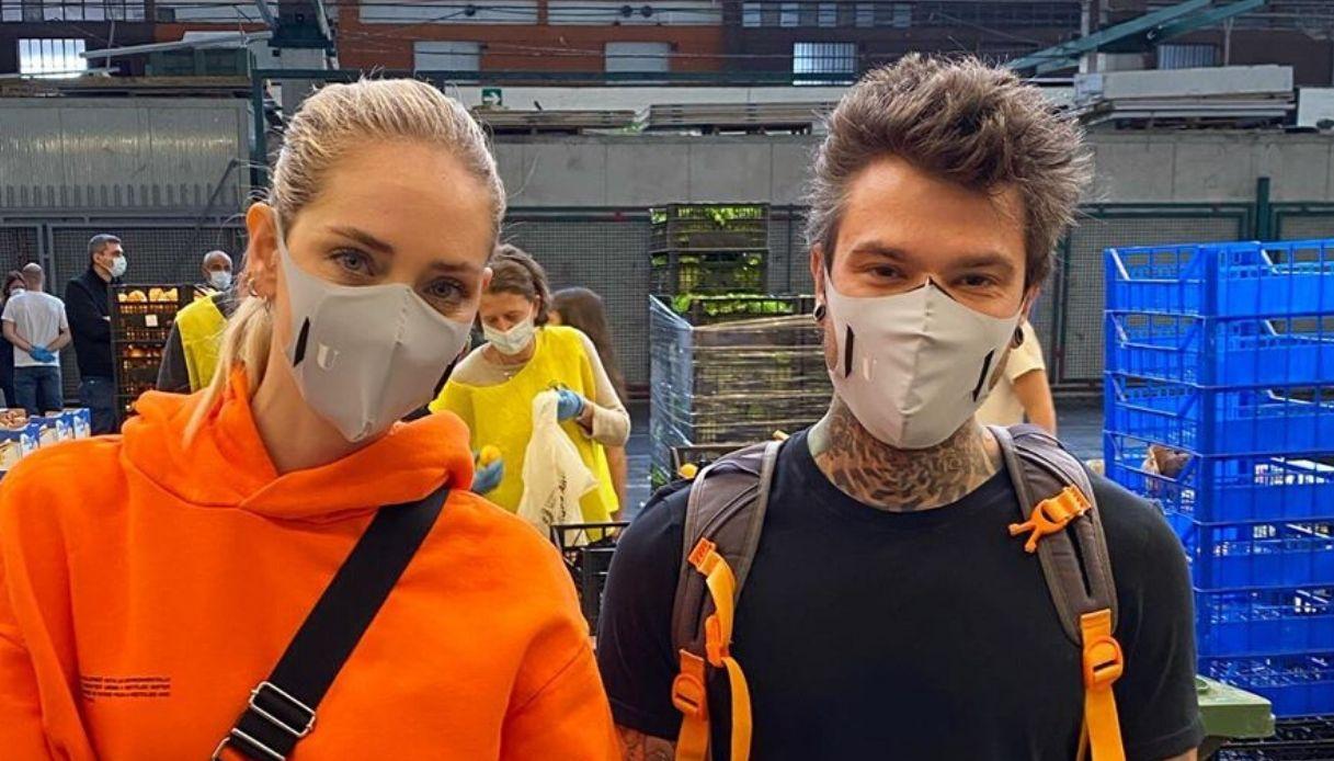 Fedez e Chiara Ferragni volontari all'Ortomercato di Milano