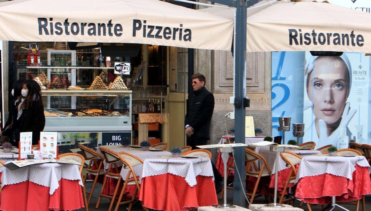 Coronavirus, la Calabria riapre bar e ristoranti all'aperto
