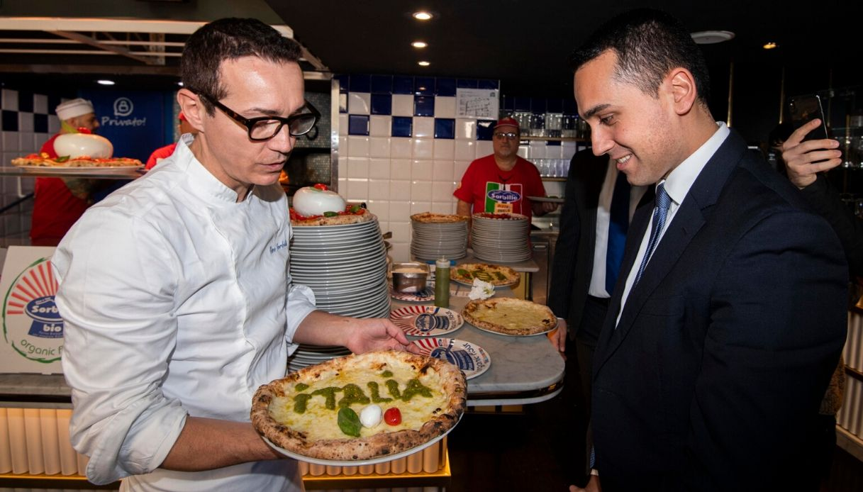 Coronavirus, Sorbillo annuncia la chiusura di quattro pizzerie