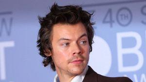 Harry Styles in Italia: il cantante ospite dello chef Bottura