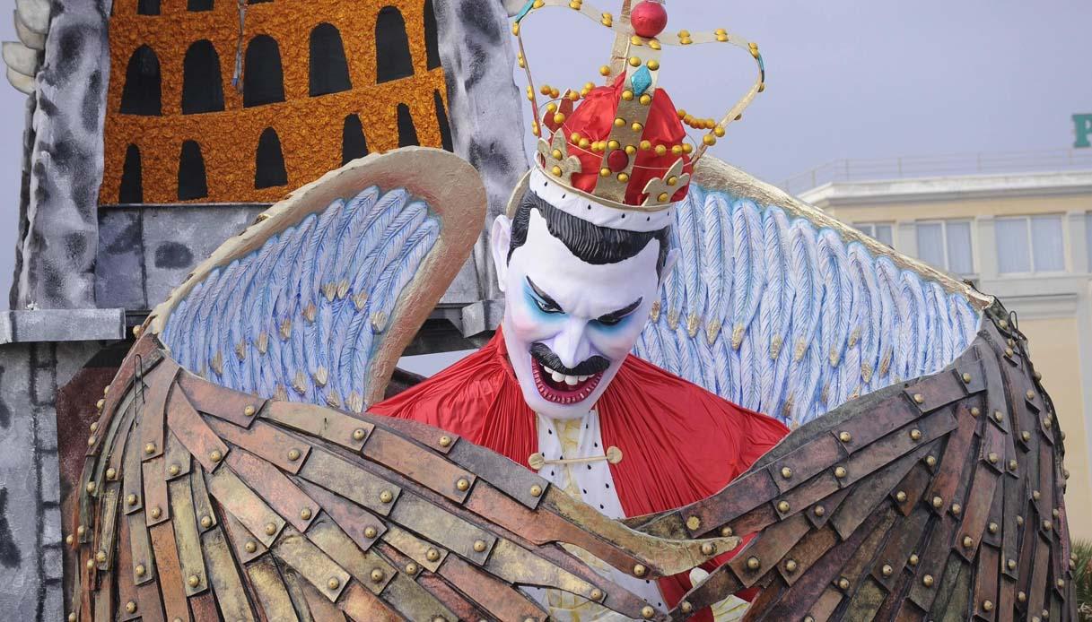 Carnevale Viareggio 2021, dal Covid a Ferragni: bozzetti svelati