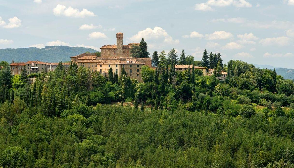 Umbria, il Castello di Lippiano diventa un set per Amazon Prime