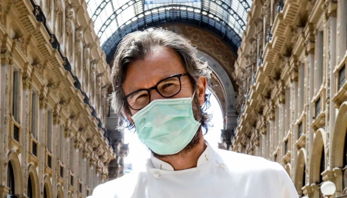 Carlo Cracco, salta la cena benefica anti Covid: cosa è successo