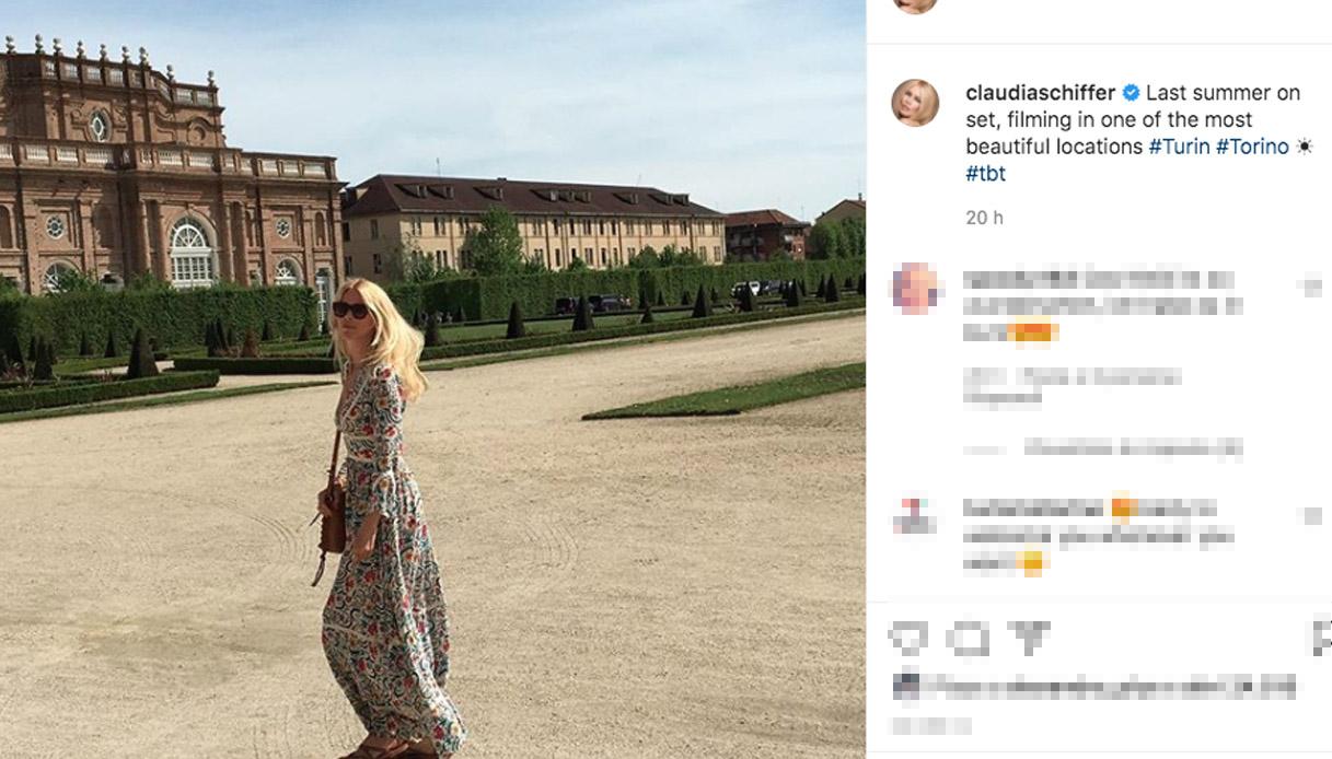 Torino ha conquistato Claudia Schiffer: l'elogio social