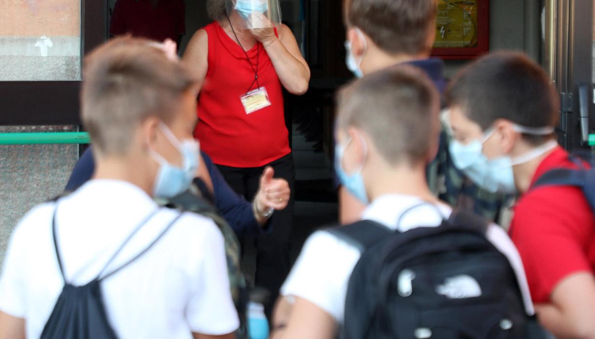 Riapertura scuole, a Codogno arrivano le mascherine bio