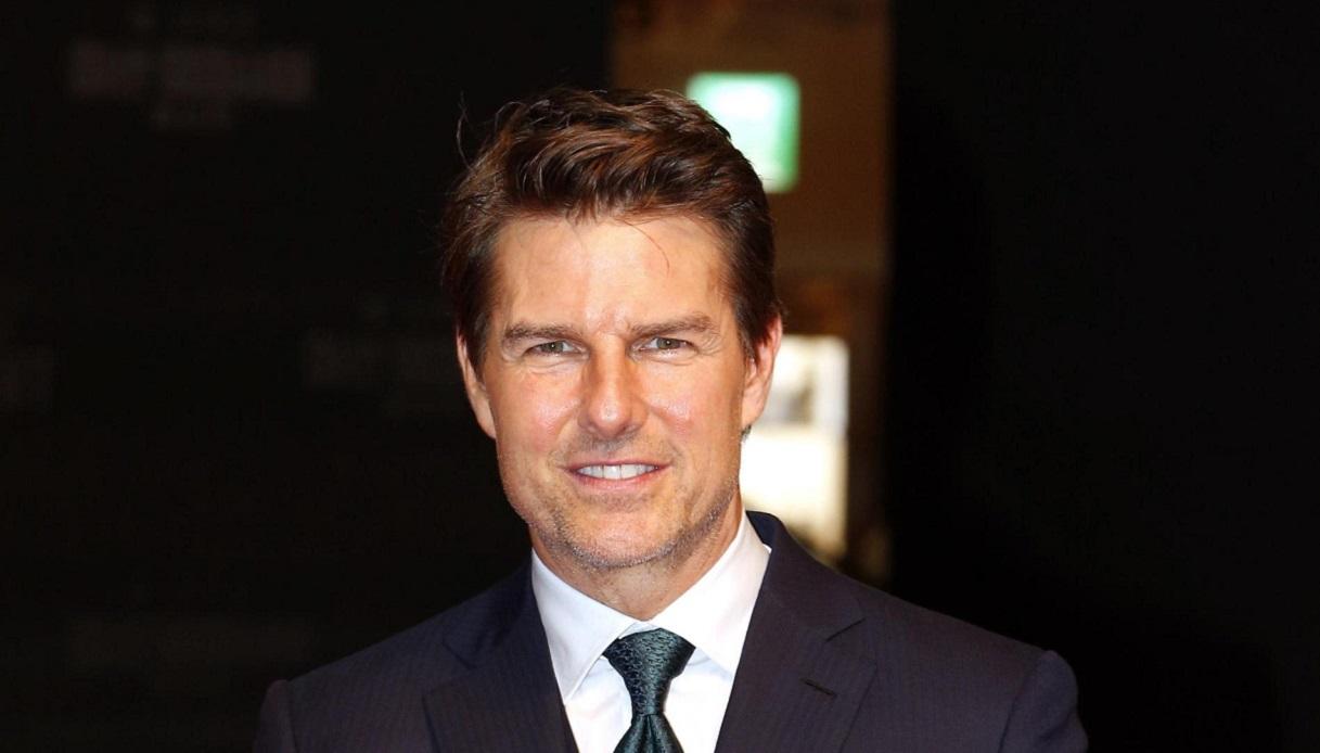 Coronavirus, Tom Cruise in fila a Roma per il tampone