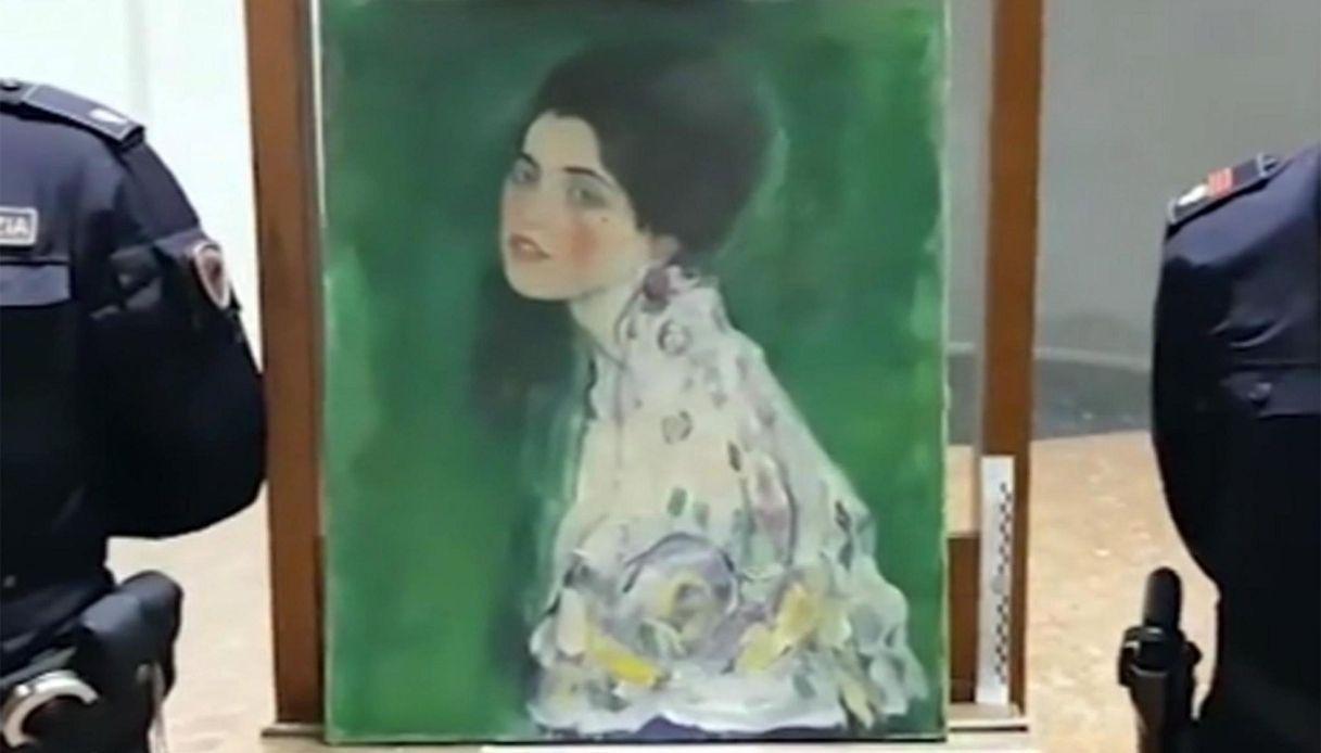"""Piacenza riabbraccia il """"suo"""" Klimt rubato dopo 22 anni"""
