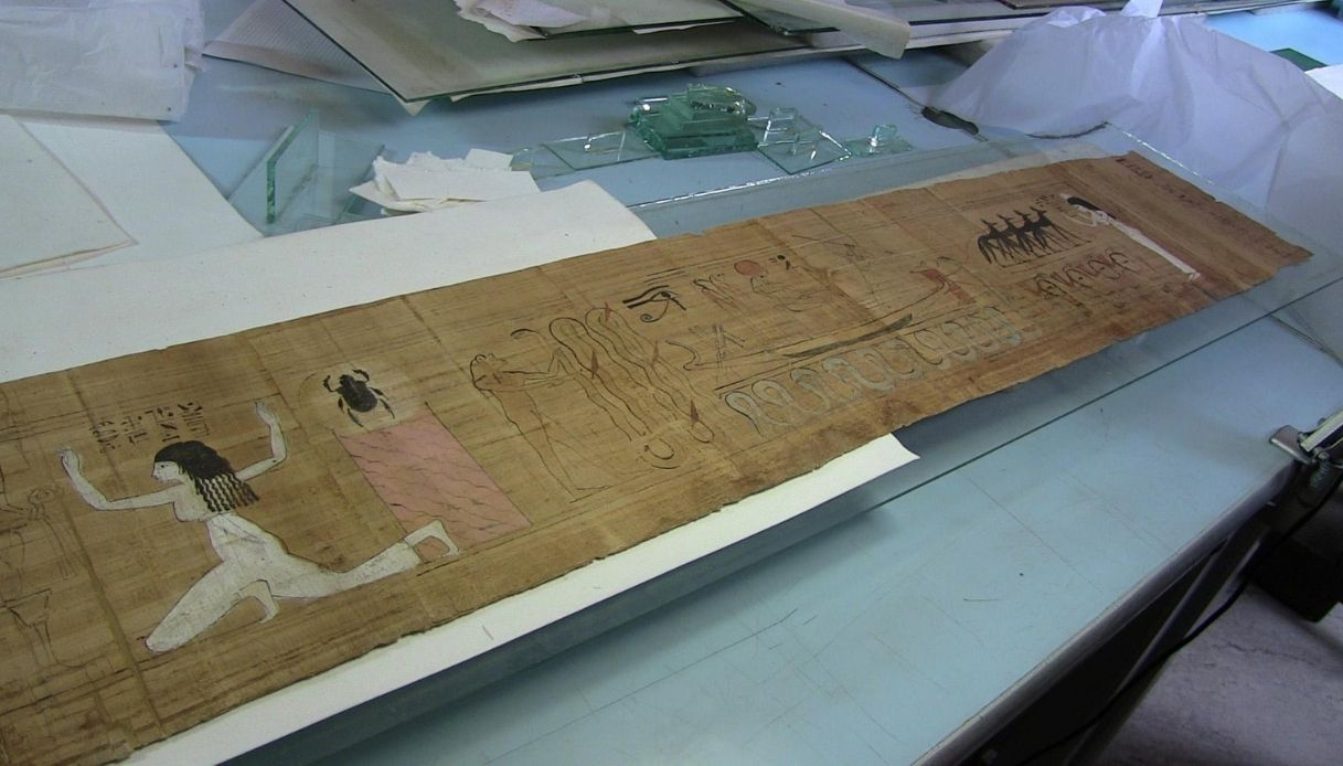 Torino, l'Europa premia il Museo Egizio per i suoi papiri