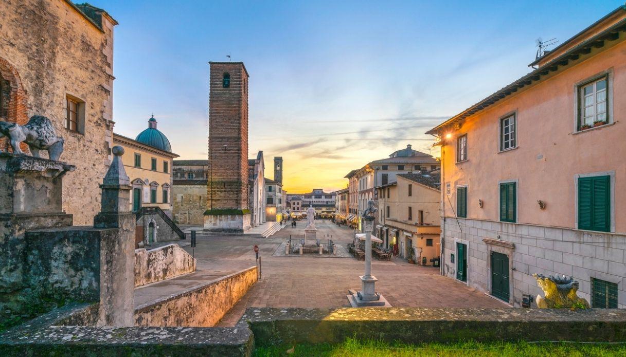 Pietrasanta e le gallerie d'arte: è record per il borgo toscano