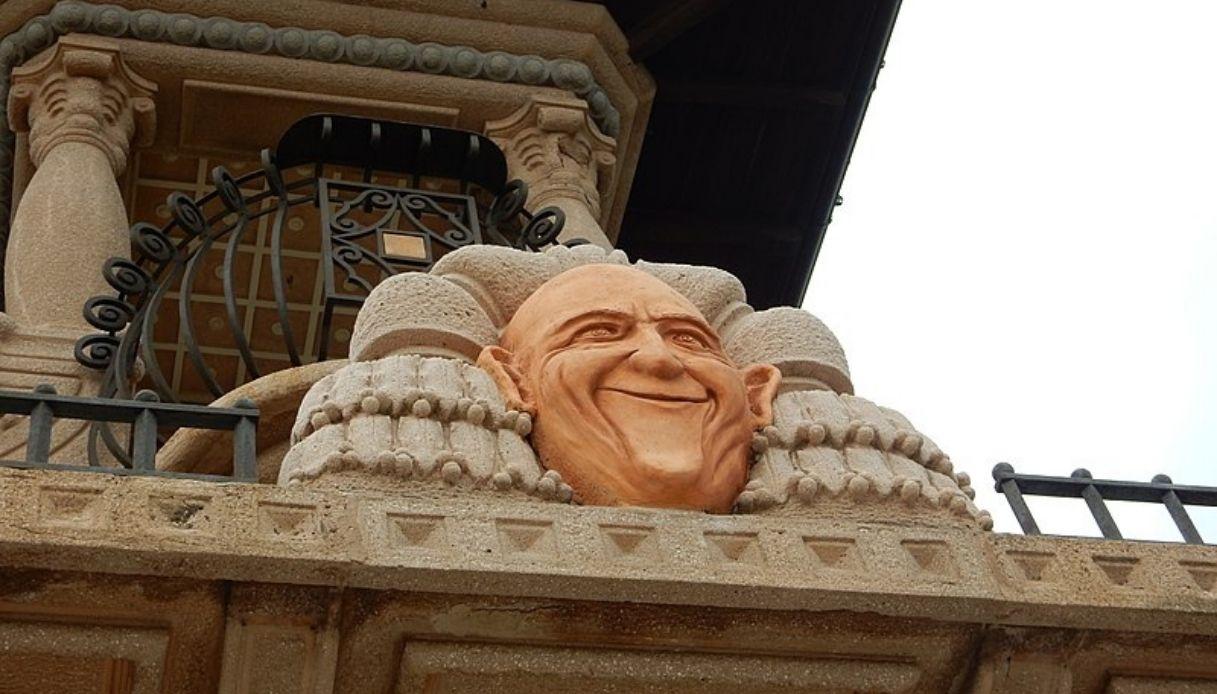 A Imperia c'è la stravagante casa del clown più famoso al mondo