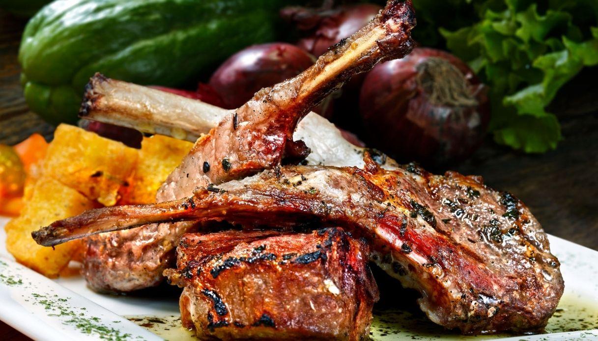 Abbacchio alla Scottadito, piatto tipico della Ciociaria