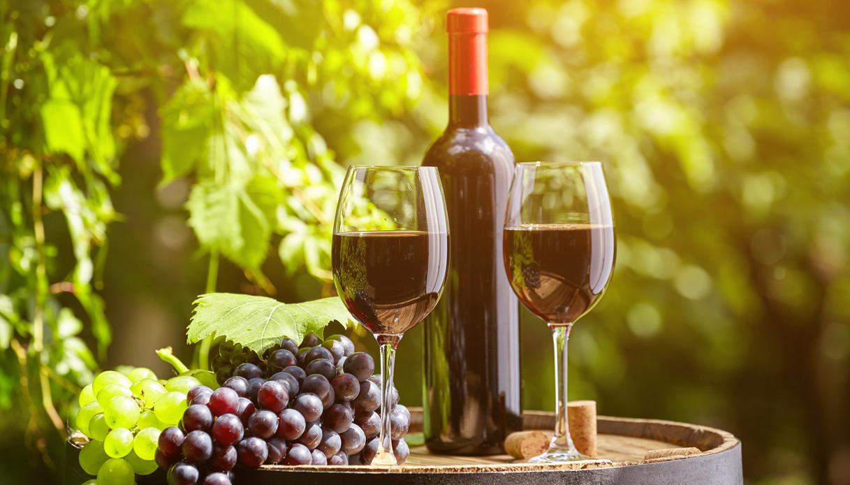 Tra i 100 migliori vini italiani premiati da James Suckling trionfa il Brunello di Montalcino