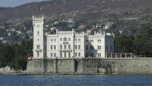 Castello di Miramare a Triste