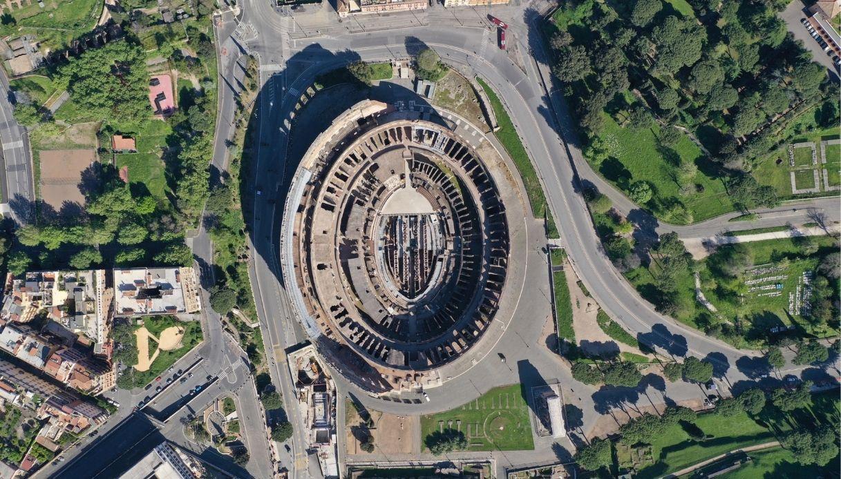 Il Colosseo visto dall'alto