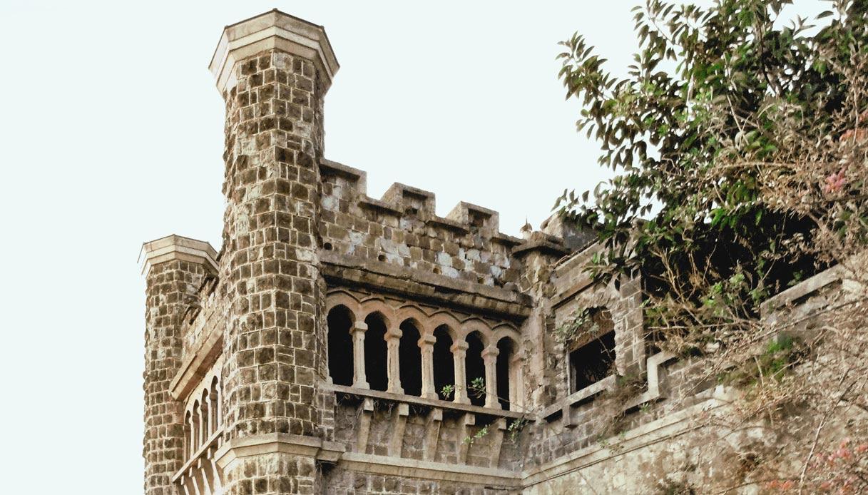 Villa Ebe a Napoli abbandonata