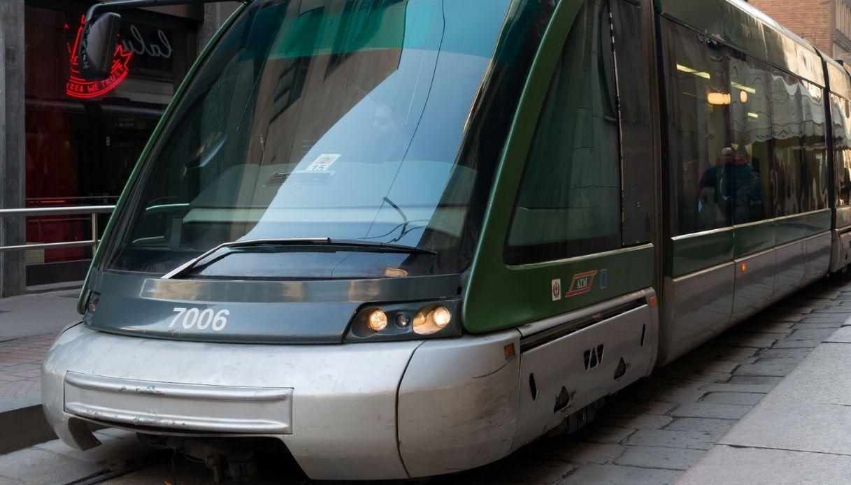 A Milano arrivano i primi bus a guida assistita e che