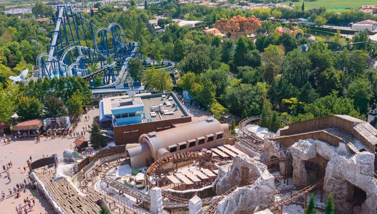 Quando riaprono i parchi divertimento italiani: la nuova data