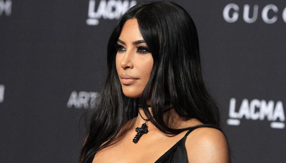 Kim Kardashian e la statua romana importata illegalmente: il caso