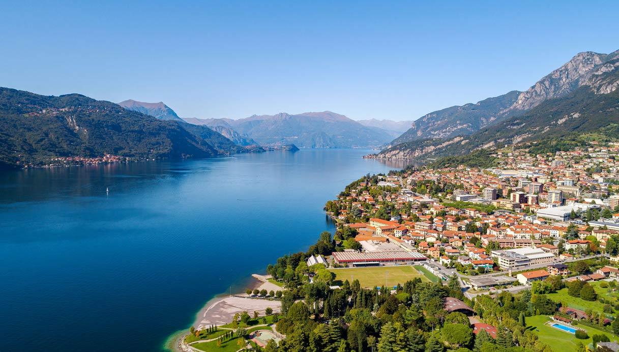 Lago Como, panchine giganti