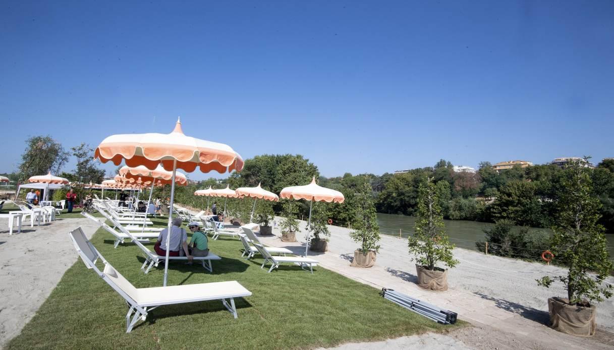 A Roma torna Tiberis, la spiaggia sul Tevere: apertura anticipata