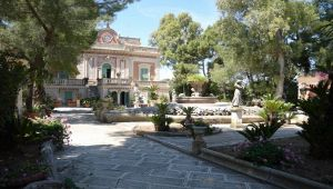 Villa Anna Bari