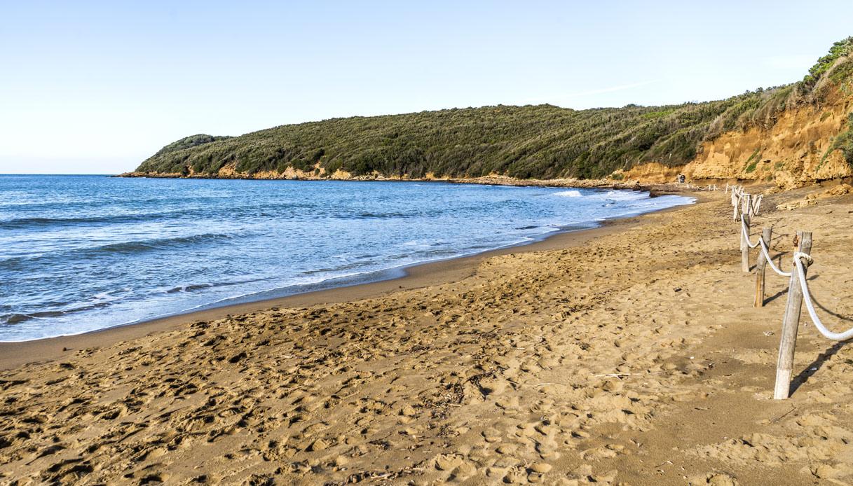 Necropoli etrusca nella spiaggia di baratti