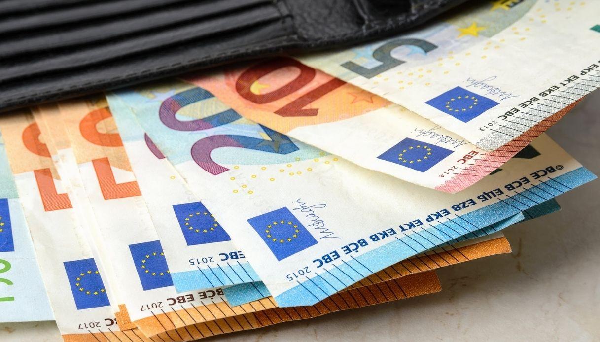 Stipendi degli italiani: i settori in cui si guadagna di più