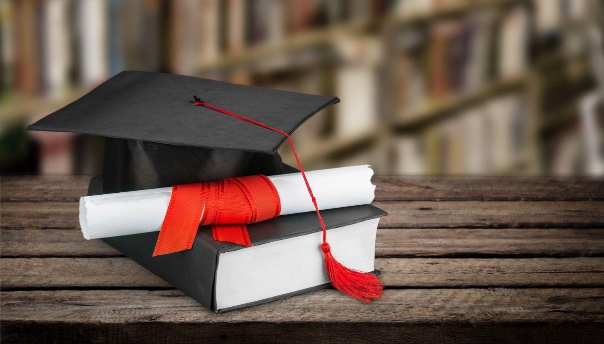 Report Università: stipendi e contratti a un anno dalla laurea