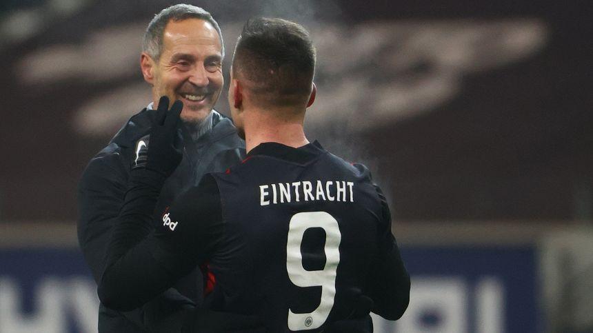 Werder Brema ed Eintracht cercano gol