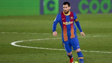 Il Barcellona si aggrappa a Messi con il Levante