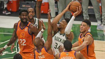 NBA: i Bucks vedono l'anello